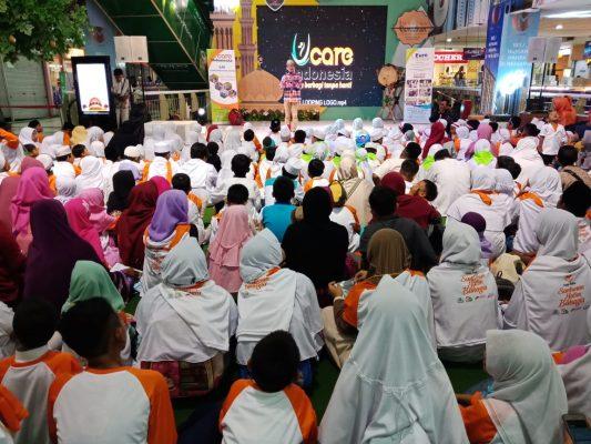 U-Care Indonesia Berbagi dengan 200 Anak Yatim Sekota Bekasi BEKASIMEDIA.COM |