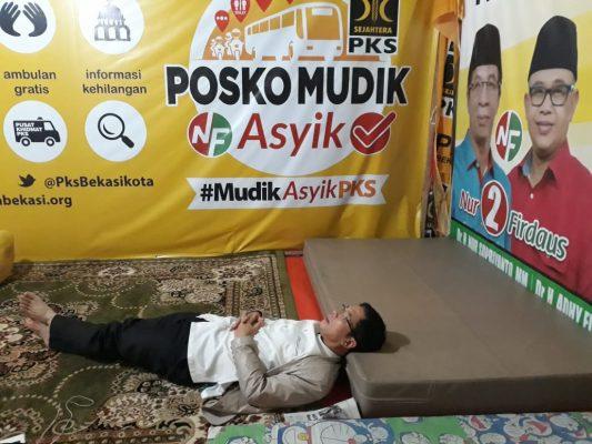 Nur Supriyanto Sapa Para Pemudik di Posko Asyik BEKASIMEDIA.COM | MEDIA BEKASI SEJAK 2014