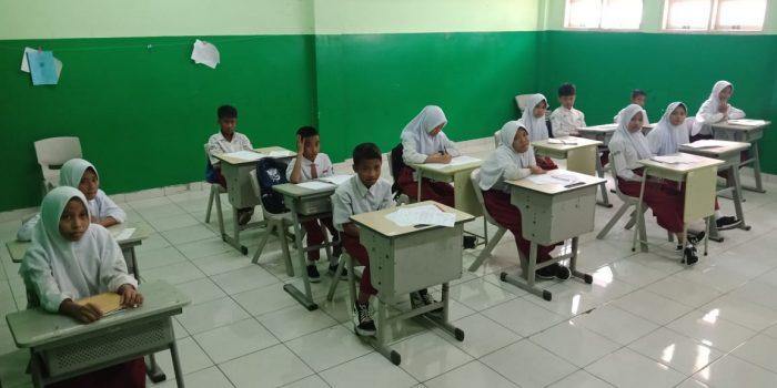Atas Bantuan Dewan, Farhandika Akhirnya Bisa Kembali Sekolah BEKASIMEDIA.COM |