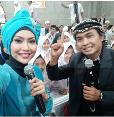Penyanyi Lagu Malaysia, Sultan Siap Diantarkan Fansnya ke Senayan BEKASIMEDIA.COM | MEDIA BEKASI SEJAK 2014