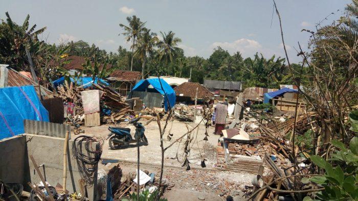 Bantuan bagi Warga Terdampak Gempa Lombok Terhenti, Ada Apa? BEKASIMEDIA.COM |