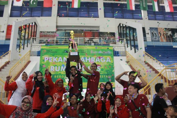 Borong 9 Piala, Rumah Autis Bekasi Juara Umum PORA 2018 BEKASIMEDIA.COM | MEDIA BEKASI SEJAK 2014