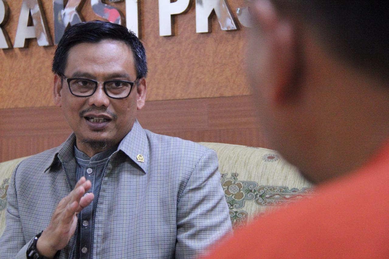 """Fiqri Faqih: Tunjangan Guru disetop, Perusahaan Besar Justru dapat dana Kemendikbud"""" BEKASIMEDIA.COM  """