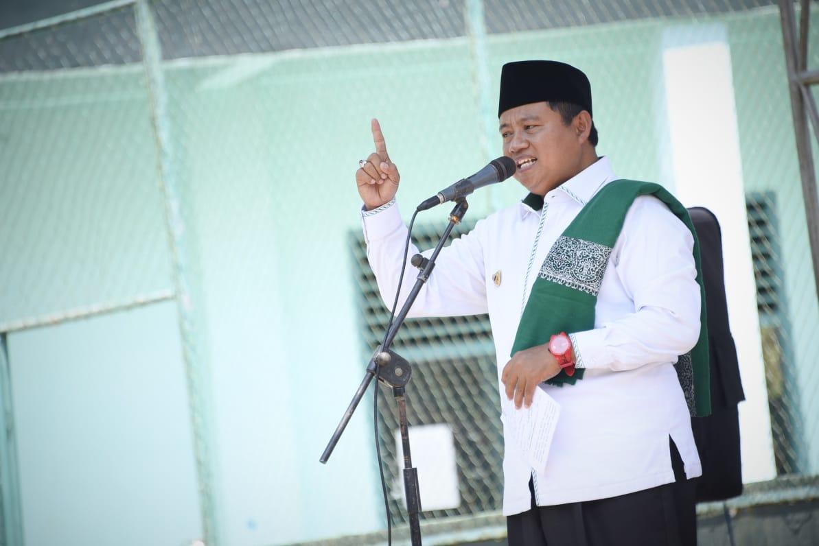 Wagub Jabar Imbau Kepala Daerah Izinkan Salat Idulfitri bagi Wilayah Selain Zona Merah BEKASIMEDIA.COM |