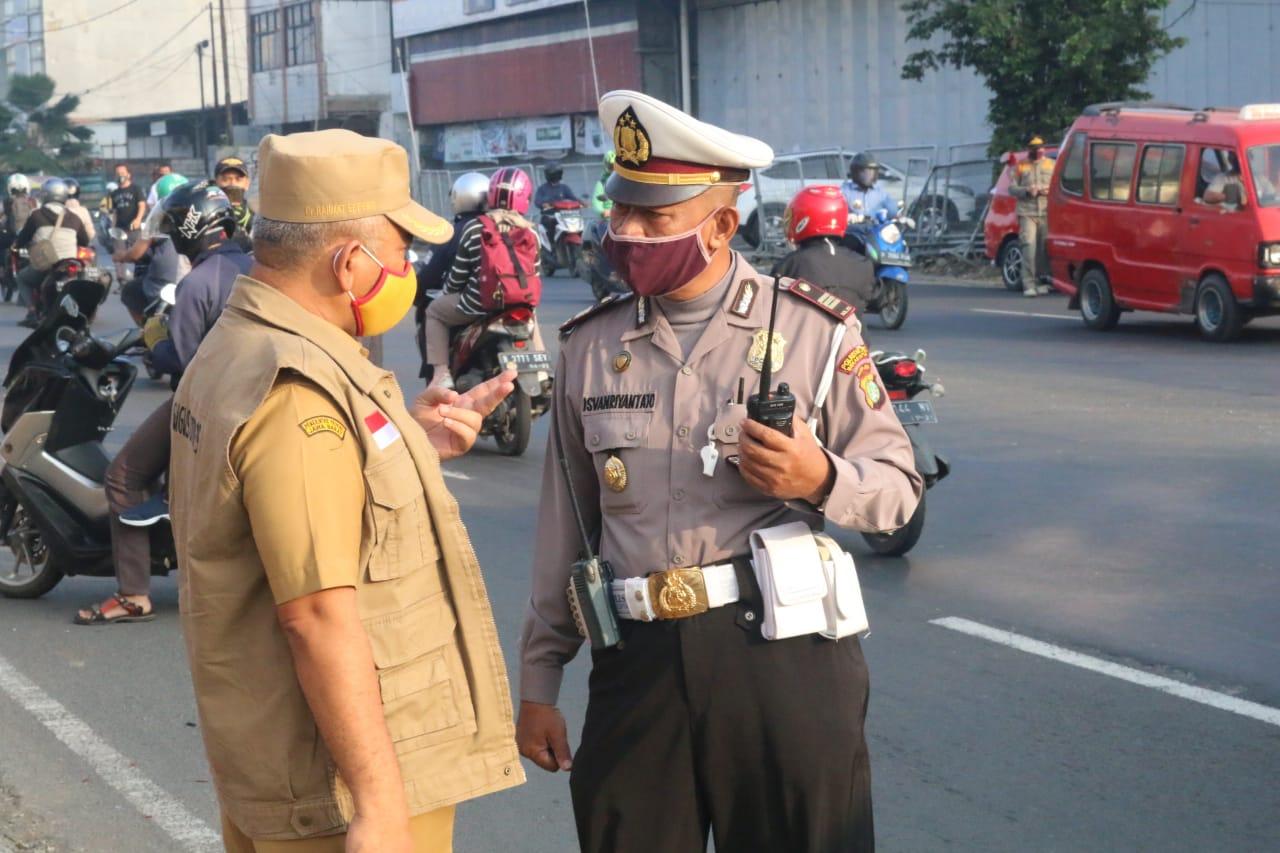 Wali Kota Bekasi Minta Polisi Sanksi Pelanggar PSBB BEKASIMEDIA.COM |