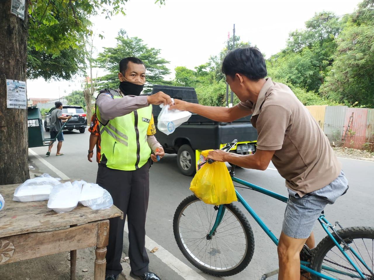 Polres Metro Kota Bekasi Buka Posko Dapur Umum BEKASIMEDIA.COM