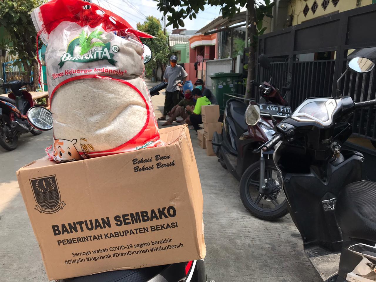 Bantuan Sembako Pemkab Bekasi tidak Merata dan tidak Tepat Sasaran BEKASIMEDIA.COM