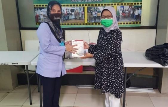 PDAM Tirta Bhagasasi Bagikan Paket Sembako dan Zakat Fitrah Melalui Baznas Bekasi BEKASIMEDIA.COM | MEDIA BEKASI SEJAK 2014