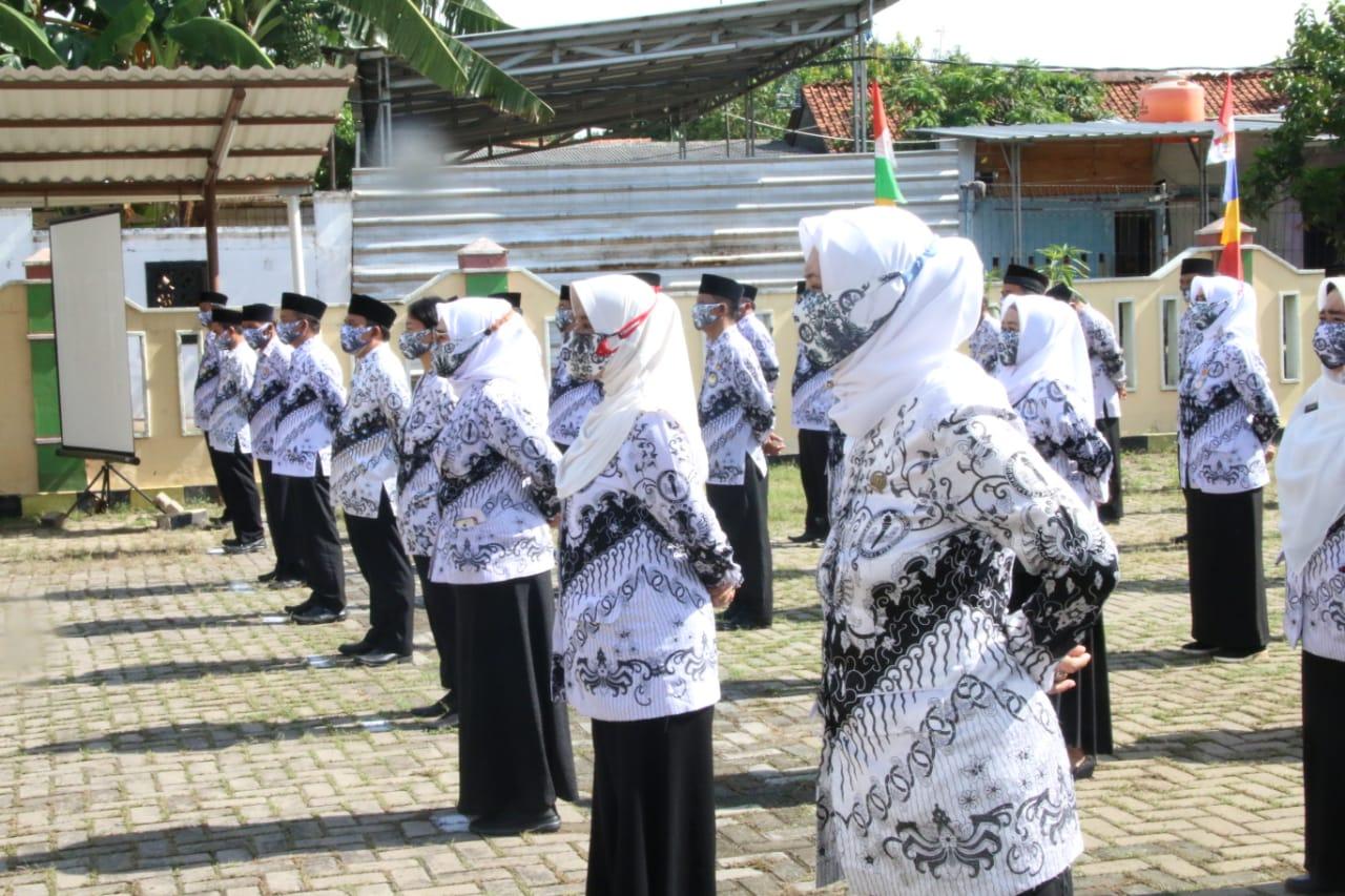Beri Sambutan di HUT PGRI, Wali Kota Bekasi: Sekolah Tatap Muka Sudah Disiapkan BEKASIMEDIA.COM |