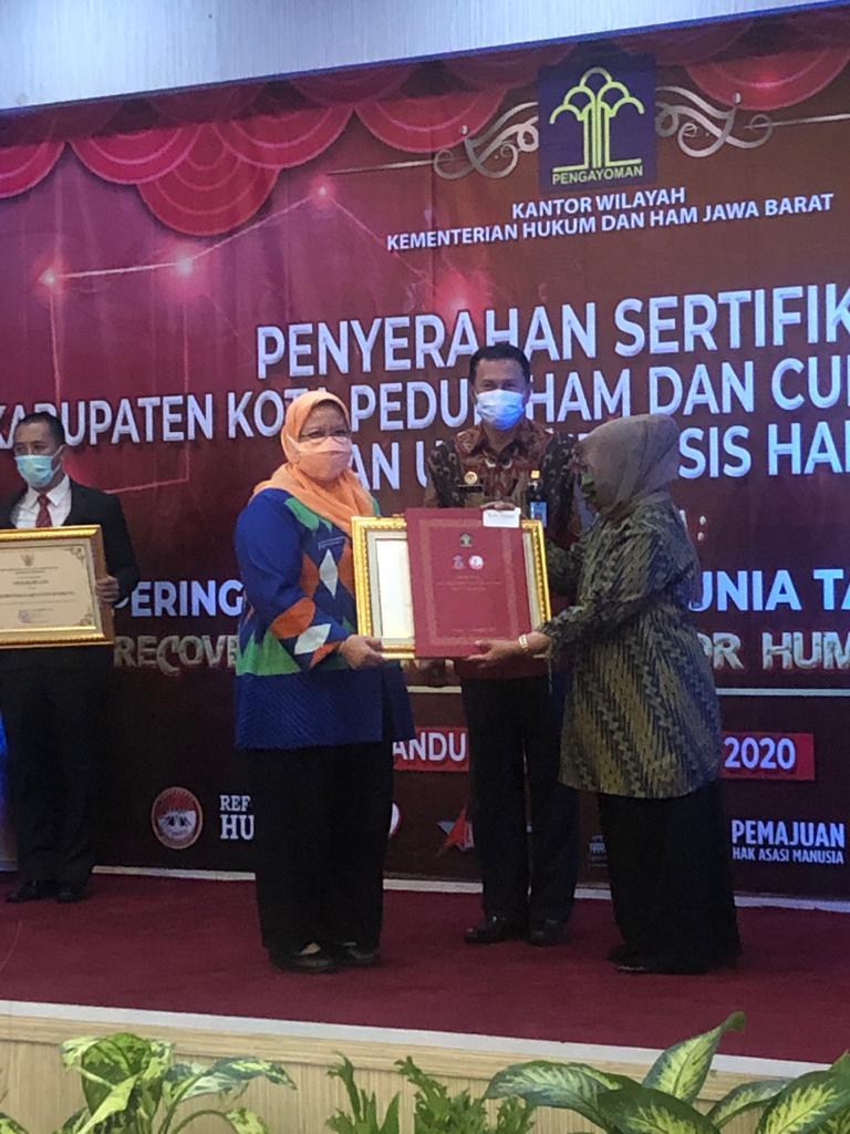 """Empat Kali Berturut-turut Pemkot Bekasi Raih Penghargaan """"Kota Peduli HAM"""" Tahun 2019 BEKASIMEDIA.COM  """