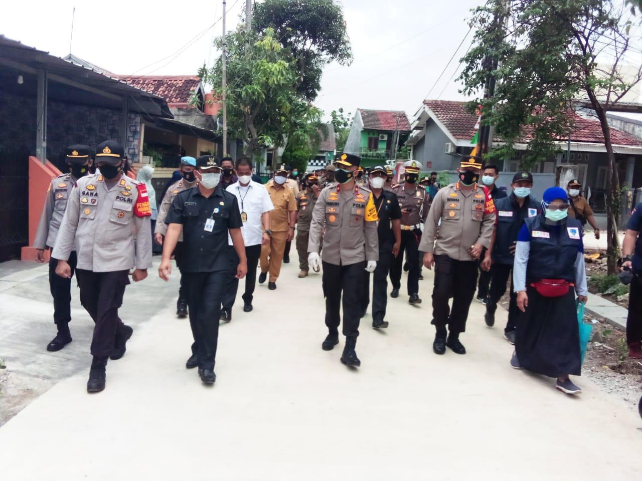 Kunjungi Kampung Tangguh, Wakapolda Metro Jaya Ajak Petugas tak Kendur Tangani Covid 19 BEKASIMEDIA.COM