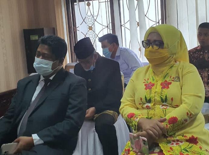 Waras Wasisto Siap Maju Pilkada Kota Bekasi 2024, Ade Puspitasari: Kita Cukup Dekat dan Kompak BEKASIMEDIA.COM