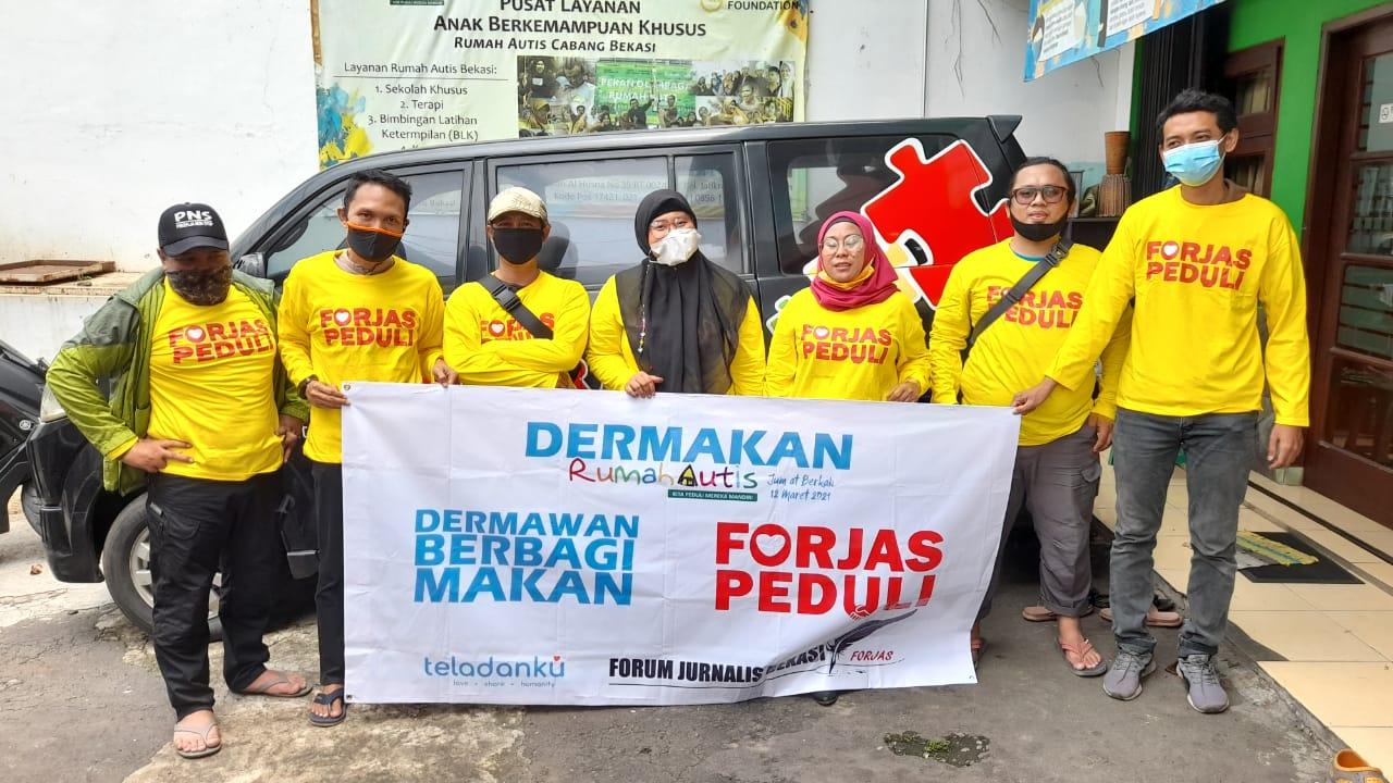Aksi Berbagi FORJAS PEDULI di Rumah Autis Bekasi BEKASIMEDIA.COM