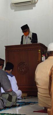 Khutbah Jum'at, Ketua DPRD: Tegakkan Keadilan, Profesional dalam bekerja dan Selalu Peduli terhadap Sesama BEKASIMEDIA.COM