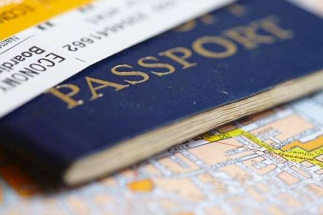 Gema Keadilan: Deportasi WNA yang Masuk Saat Pelarangan Mudik! BEKASIMEDIA.COM |